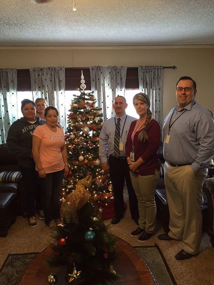 Texas Baptist Children's Home Decorating (2)